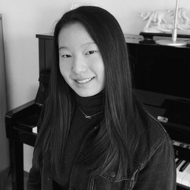 Anna Ru-Yue Chen